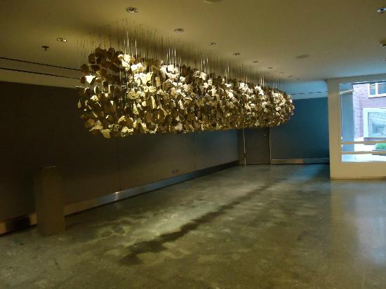 Grand Hyatt Berlin: Lift Lobby