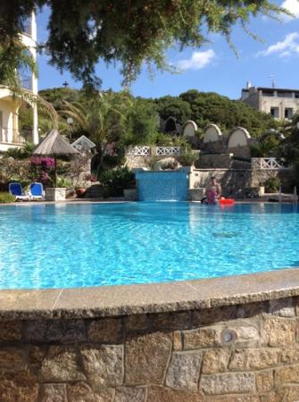 Hotel Stella Maris : chilly but lovely pool