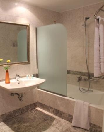 Best Western Museum Hotel : Bathroom