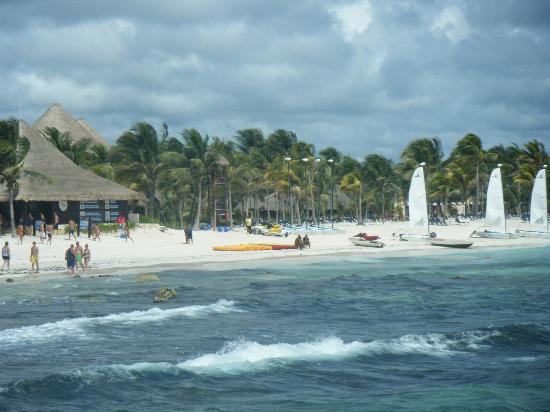 Barceló Maya Palace: view from pier