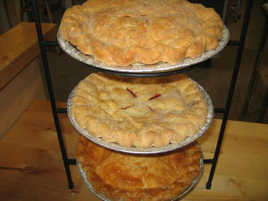 Oasis Eatery: pies!