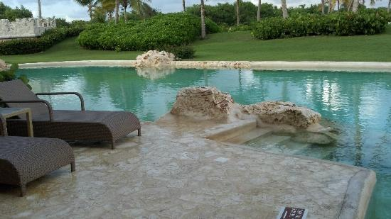 Sanctuary Cap Cana by AlSol: our private pool