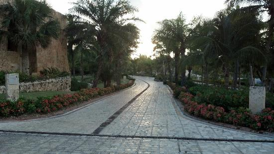 Sanctuary Cap Cana by AlSol: pathway