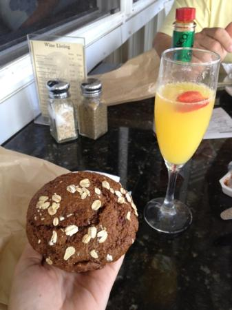 Kalaheo Cafe & Coffee Company: A mimosa and a blueberry raspberry oat muffin!