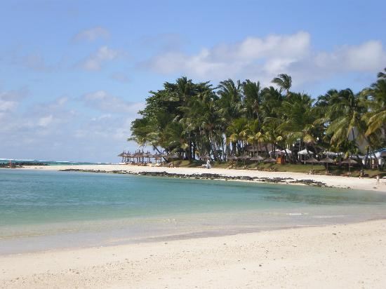 Constance Belle Mare Plage: long walks on the beach ......