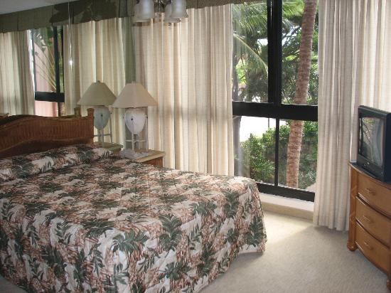 Kahana Falls: Interior of Unit Bedroom
