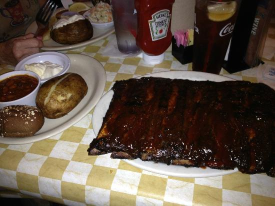 Dillon's KC BBQ: The beef ribs!