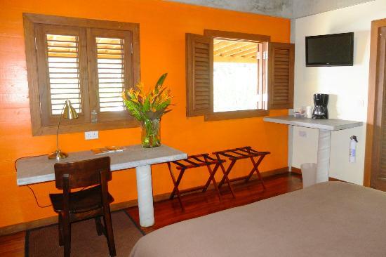 Pagua Bay House Oceanfront Cabanas: Garden Suite