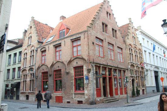 Hotel Malleberg: Just around the corner