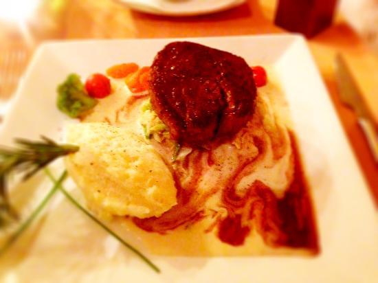 Sofia's Restaurant : Melt in the mouth Steak