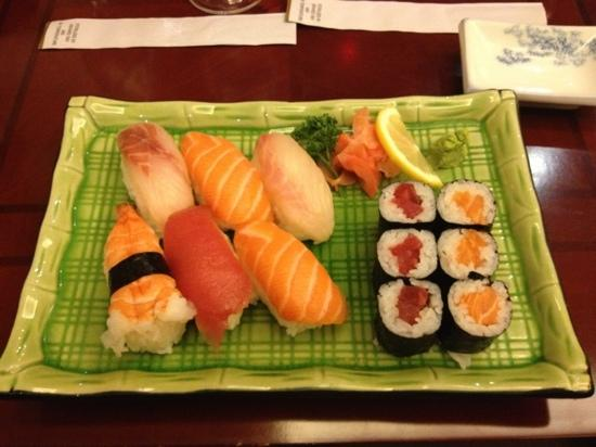 Yakigushi: menu sushi mako