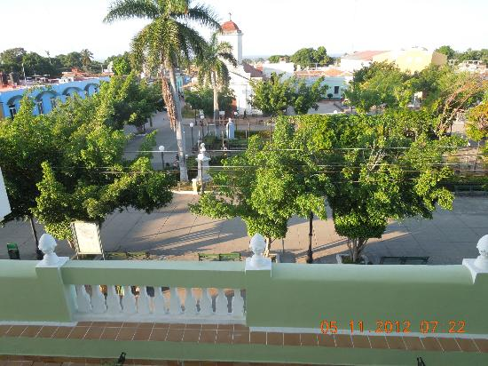 IBEROSTAR Grand Hotel Trinidad: view over the square in front of hotel