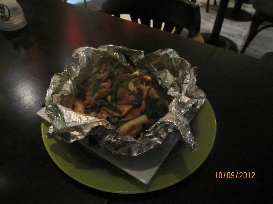 Ten Kai : Butteriaki ebi (camarão, cogumelos e cebolinha envoltos no papel alumínio)