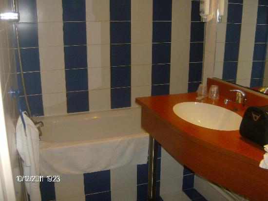 Brit Hotel Saint Malo - Le Transat : serviettes propres tous les jours
