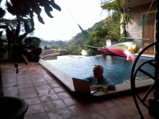 Hacienda Las Animas: pool computing