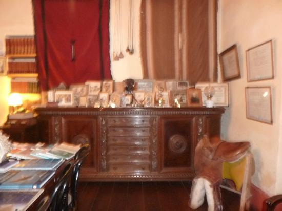 Foto de Estancia los Cuartos, Tafi del Valle: Sala de estar ...
