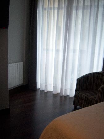 Hotel Sirimiri: Habitación