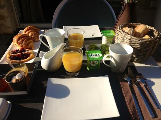 Carre Vigne : Le petit dejeuner!!!