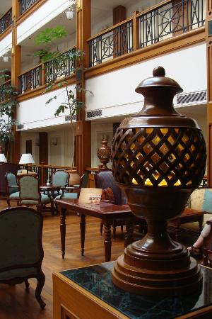 ‪‪The Oberoi Cecil, Shimla‬: The Atrium‬
