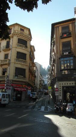 Pension Britz: El hotel desde la Plaza Nueva