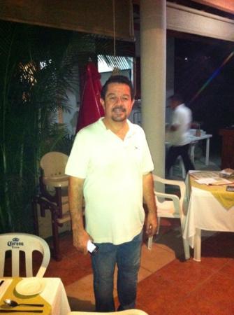 Restaurant La Bocana: El Jefe Ricardo