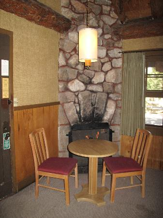 The Lodge at Bryce Canyon: Bryce cabin fire