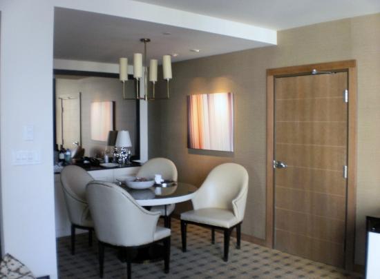 Loden Hotel: entrance hallway