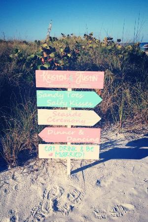The Capri at Siesta: Wedding Signs on Beach
