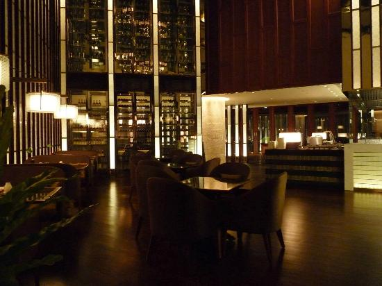 Crowne Plaza Bangkok Lumpini Park: Restaurant