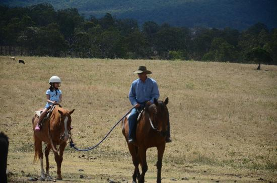 Lillydale Farmstay: Horse Ride