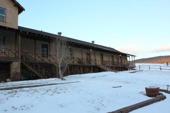 Waunita Hot Springs Ranch: Hillside Lodge