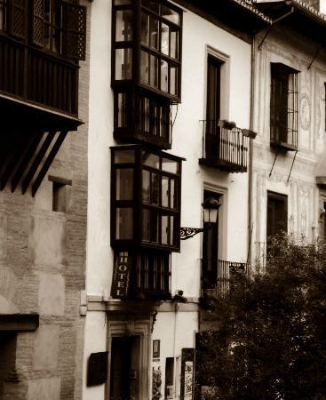 Hotel Zaguan del Darro: exterior