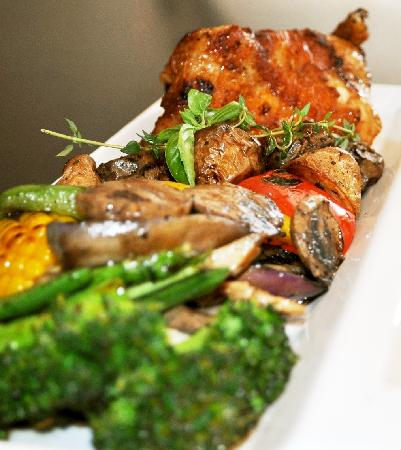 Angus Grill (Crowne Plaza Beijing Wangfujing): Grilled Spring Chicken