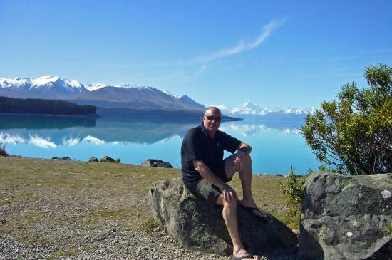 Lake Tekapo Lodge: Local area Lakes and Mountains