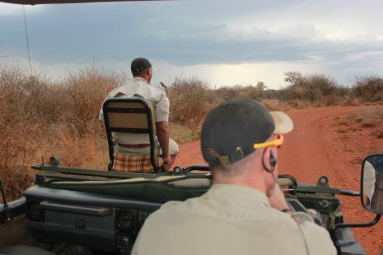 Etali Safari Lodge: Unlike many other lodges, we got ranger AND tracker