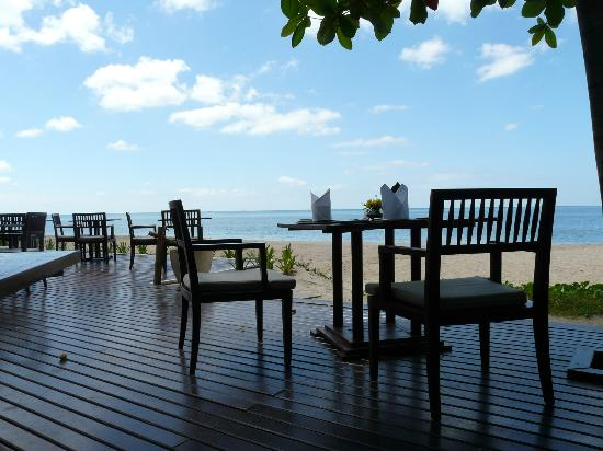 Layana Resort and Spa: Layana Sundowners Bar area