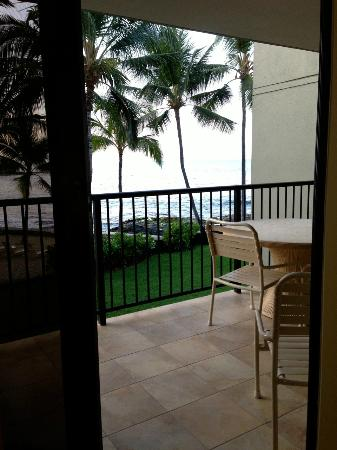 Aston Kona by the Sea: The view from our bedroom!