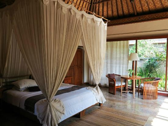 Nefatari Exclusive Villas: bedroom villa pucuk