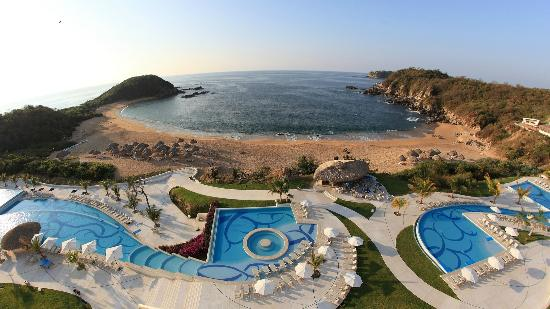 Secrets Huatulco Resort & Spa: Conejos Bay, A View From Secrets Resort Elevator Tower