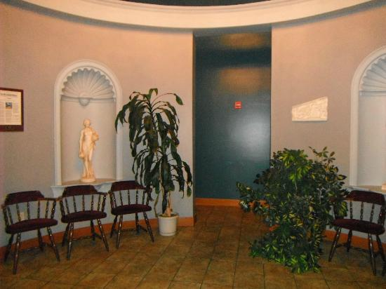 Mykonos Greek Restaurant: Lobby