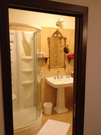 Hotel Portici: bagno
