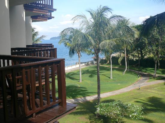 Sutera Harbour Resort (The Pacific Sutera & The Magellan Sutera): View from the room 