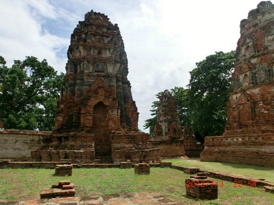Ayutthaya Thailand - Picture of Ayutthaya Historical Park ...