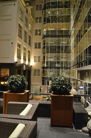 โรงแรมเรดิสัน บลู อัมสเตอร์ดัม: Lobby