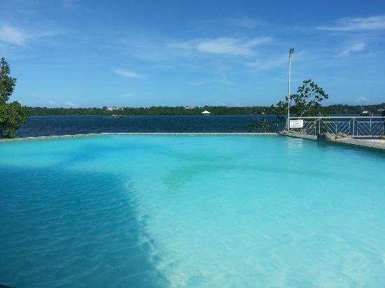 Marina De Bay: Infinity pool.