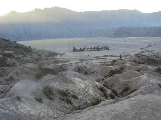 Mount Batok: Pemandangan dari lautan pasir yang indah
