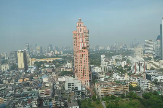 Sukhumvit Park, Bangkok - Marriott Executive Apartments: day view from room