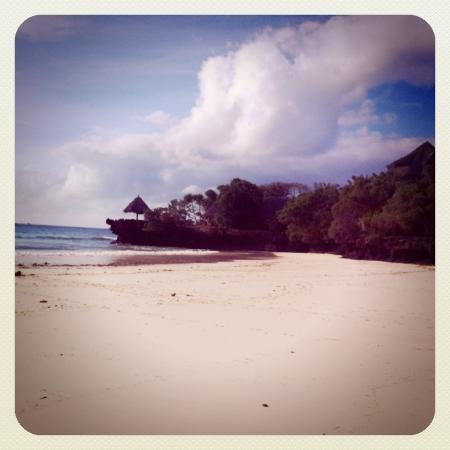 The Sands At Chale Island: spiaggia 2