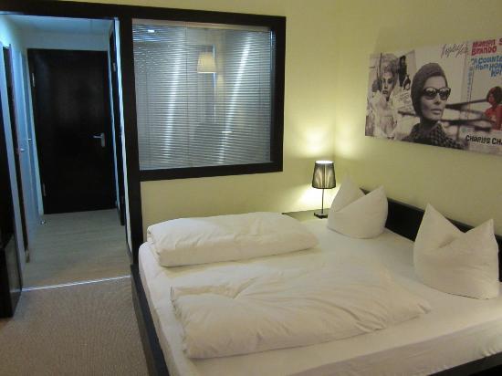 Hotel Agon am Kurfürstendamm: Standard double room