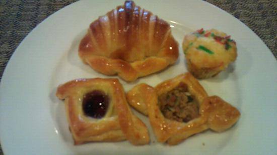 Palace Hotel Saigon: 朝食:ペストリー